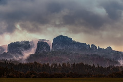 Rocks in the morning (TS Lichtreise) Tags: nebel wolken himmel sky outside nature landscape natur landschaft dynamic national clouds fog myst thebestofday
