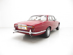 1974 Daimler Sovereign Manual 4.2 Litre Series II (KGF Classic Cars) Tags: kgfclassiccars daimler sovereign manual series ii jaguar xj 42 doublesix swb lwb