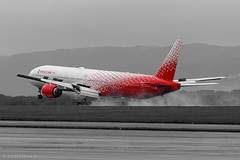 Rossiya Airlines Boeing 777-300 EI-UNL at Vladivostok International Airport (Andrei Efimkin) Tags: 773 777300 777312 b773 b777 boeing eiunl landing rossiyaairlines sochi uhww vvo vladivostok vladivostokinternationalairport посадка сочи