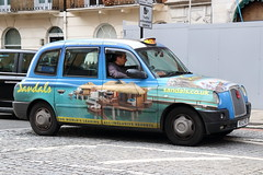 LTI TX4 Taxi in Sandals livery (Ian Press Photography) Tags: london cab carriage car cars transport taxi taxis international lti tx4 sandals livery