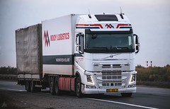 "Volvo FH4 XL ""Mooy Logistics"" | NL (Ykio) Tags: volvo fh4 | nl xl mooylogistics"