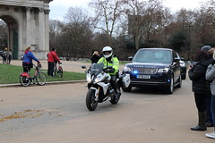 BMW R1200 RS Sport SE and Range Rover of the Met Police Special Escort Group (Ian Press Photography) Tags: met police special escort group metropolitan seg armed protection range rover 4x4 suv car cars bmw r1200 rs sport se bikes bike motorbike biker vip officer officers motorbiker motor cycle