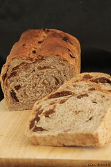 Fig and walnut bread (340) (Lien (notitie van Lien)) Tags: bread brood nuts noten fruit