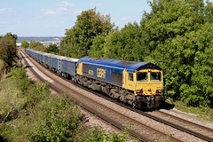 """66701 with the Acton Tonbridge empties 18/09/19 seen along the Medway valley line. (Wayne M Walsh) Tags: """"medwayvalley"""" england uk kent aylesford maidstone yard west tonbridge acton gbrf """"class66"""" 66701"""