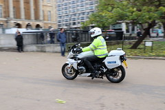BMW R1200 RS Sport SE of the Met Police Special Escort Group (Ian Press Photography) Tags: met police special escort group metropolitan seg armed protection bmw r1200 rs sport se bikes bike motorbike biker vip officer officers motorbiker motor cycle