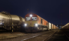 Photo of 66 124 with 4M35 in Mossend Down Yard.