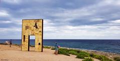 La porta d'Europa_Lampedusa (Mauro Bettarel) Tags: lampedusa landscape light colori colors mare simbolo vacanze sea