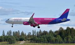WizzAir G-WUKJ, OSL ENGM Gardermoen (Inger Bjørndal Foss) Tags: gwukj wizzair airbus a321 osl engm gardermoen