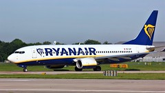 9H-QAF (AnDyMHoLdEn) Tags: ryanair 737 egcc airport manchester manchesterairport 23l