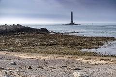 D3820-Cabo de la Hague (Eduardo Arias Rábanos) Tags: fredarron eduardoarias eduardoariasrábanos paisaje landscape photopaysage photolandscape normandía normandie mar costa sea coast cabo cape nikon d500 cielo sky playa beach capdelahague faro phare lighthouse