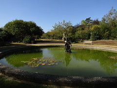 IMG_6989 (belight7) Tags: water feature stokes poges memorial garden uk england bucks stokepoges