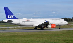 SAS OY-KAP, OSL ENGM Gardermoen (Inger Bjørndal Foss) Tags: oykap sas scandinavian airbus a320 osl engm gardermoen