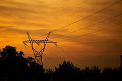Power Sunset (radkuch.13) Tags: power sunset orange sky gold powergrid grid