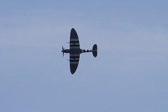 IMG_2445 edit (routemaster2217) Tags: clactononsea clactonairshow clactonairshow2019 airshow airdisplay aviation aircraft aeroplane military raf royalairforce bbmf battleofbritainmemorialflight worldwar2 wwii warbird rollsroycemerlin supermarinespitfire spitfiremkvb ab910