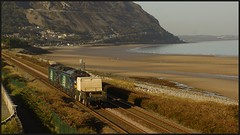 6D43 18th Take 3. (peterdouglas1) Tags: valleyflasks 6d43 penmaenmawr penyclip class68 68005 68033 northwalescoastrailway northwalescoast