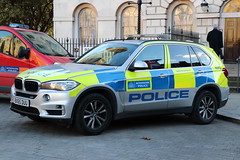 BX65DUU / BXQ BMW X5 ARV of the Met Police (Ian Press Photography) Tags: 999 emergency service services police pc met metropolitan london car cars bx65duu bxq bmw x5 arv armed response vehicle