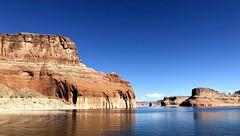 Lake Powell, Utah (__ PeterCH51 __) Tags: lakepowell lake utah scenery landscape utahscenery landschaft desert desertscenery usa america amerika beautifulview iphone peterch51