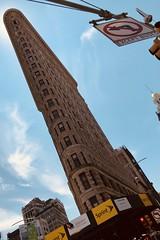 #FlatIronBuilding , #Manhattan ,  #NewYorkCity (Σταύρος) Tags: newyork 1902 sunny humid hot landmarkedbuilding triangular bigapple thebigapple ny nyc triangularbuilding fullerbuilding angle design architecture flatiron flatironbuilding newyorkcity manhattan vacation vacanze