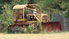 Crawler (blazer8696) Tags: img5758 alton virginia unitedstates 2019 cedargrove ecw t2019 usa va antique caterpillar crawler dozer tractor vintage