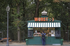 Curry Wurst (titto velusi) Tags: canong7x alemania street travels tittovelusi berlin wurst currywurst