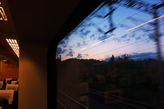 列车一路向西 | Heading West on CRH (chhua014) Tags: crh china railway highspeed train sony 索尼 黑卡 rx100 sunset twilight travel