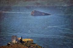 (242/19) Vista única (Pablo Arias) Tags: pabloarias photoshop nx2 cielo nubes arquitectura paisaje mar agua mediterráneo isla casa edificio benidorm alicante