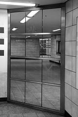 Reflection (hermann.kl) Tags: köln cologne spiegelung reflection ubahnhof undergroundstationappellhofplatz schwarzweis blackandwhite