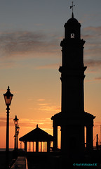 Herne Bay, England, United Kingdom (Neil M Holden) Tags: hernebay england unitedkingdom kent worldtrekker sunrise sunset sea redsky