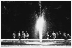 serait-ce une Fontaine de Jouvence (Pyc Assaut) Tags: seraitce une fontaine de jouvence seraitceunefontainedejouvence would it be fountain youth woulditbeafountainofyouth streetphotography noirblanc blackwhite jeunesse pyc5pycphotography pycassaut pierreyvescugni pierreyvescugniphotography nikonz6 nikon z6 genève geneva geneve 2019 extérieur bassin jetdeau eau water