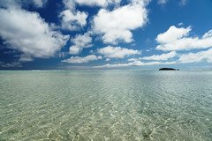 20190911-58-Very shallow water (Roger T Wong) Tags: 2019 aitutaki cookislands onefootisland pacific pacificisland rogertwong sel24105g sony24105 sonya7iii sonyalpha7iii sonyfe24105mmf4goss sonyilce7m3 tapuetai blue holiday isalnd lagoon sand sea sky travel water white