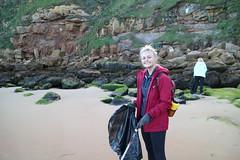 Faye litter picking (Tyne Rivers Trust) Tags: volunteering beachclean beach plastic pollution