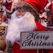 Deko Weihnachtsmann mit prächtigem Bart und