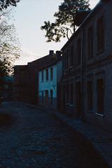 Pils street (Andž) Tags: filmphotography kodak ektar100 ektar minolta x700 film filmisnotdead ishootfilm analog analogphotography mdrokkor rokkor street oldcity
