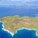 Luftbild vom nordwestlichen Teil der Insel Spetses in Griechenland