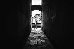 Florence (tomabenz) Tags: noiretblanc light shadow people streetshot italy contrast urban monochrome street photography streetview noir blanc sony a7rm2 sonya7 bnw human geometry black white europe bw florence blackandwhite humaningeometry lightandshadow sonya7rm2 streetphotography
