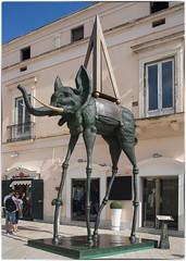 l'Space Elephant (Aeschbacher Hilde) Tags: lspaceelephant salvadordali kunst matera apulien italien