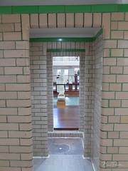 Entrée du bassin (bpmm) Tags: artdéco lapiscine patrimoinecivil roubaix art musée peinture