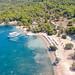 Luftbild vom Strand Zogeria auf Spetses, Griechenland