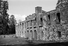 The ruins of Gräfsnäs castle (hjnship) Tags: gräfsnäs slott castle analog ilfordpanf panf kodakretinette1b ruin 135film 35mmfilm 45mmlens rodenstockreomar