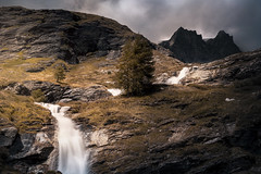 The Light in the Climbs (Oash_Dany) Tags: italy cielo montagna paesaggio nuvola crepuscolo calma shadows sonyalpha sunnyday clouds cloudy beautiful colors sony outside cloud color paysage nuvole orange day dynamic long exposure roccia sunrise mountain alps alpi
