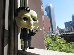 Lurch the Butler Addams Family with Thing Hand Funko Pop 1751 (Brechtbug) Tags: lurch butler addams family with thing hand funko pop figure halloween big head figures vinyl tv series from 1965 1960s charles chas cartoon cartoonist eccentric island lost souls holiday evil mad scientist creature vamp man monsters toy toys bobble heads 2019