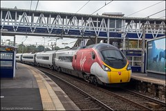 Virgin Trains 390103 (Mike McNiven) Tags: virgintrains virgin trains stagecoach london londoneuston euston cheadlehulme cheadle manchester manchesterpiccadilly piccadilly