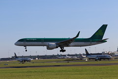 Aer Lingus EI-LBS DUB 03/07/19 (ethana23) Tags: planes planespotting aviation avgeek aeroplane aircraft airplane boeing 757 757200 aerlingus aslairlines ei shamrock