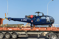 Royal Netherlands Air Force Aérospatiale SA 316B Alouette III  |  A-292  |  Hal Far Malta (Melvin Debono) Tags: royal netherlands air force aérospatiale sa 316b alouette iii | a292 hal far malta 1292 dutch rnlaf melvin debono spotting spotters spotter canon eos 5d mark iv 24105mm helicopter helicopters heli
