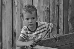 Don't believe / Не верь (Boris Kukushkin) Tags: bw igor family portrait чб игорь семья портрет