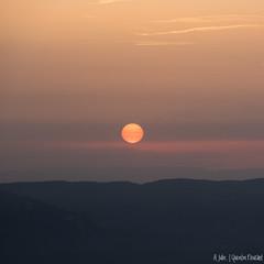 Doux coucher de soleil dans les Alpes (Quentin Douchet) Tags: alpes alps auvergnerhônealpes france isère nature coucherdesoleil landscape paysage soleil summer sun sunset été