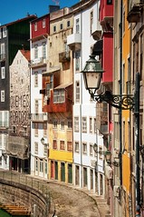 Streets of Porto (ValterB) Tags: 2019 portugal valterb view colors colour color city cityscape building buildings architecture abstract window yellow red porto lamp urban urbanphotography sky street streetphotography