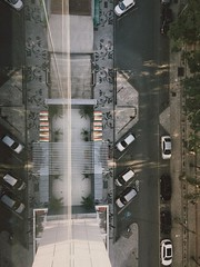 (vcolley) Tags: perspective photo photography photographer photooftheday picoftheday photoadaychallenge photographs fotografia foto fotografeumaideia bestoftheday clickdoiniciante cars car parking