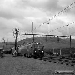 LKAB Iron Ore Train (Jnse78) Tags: lkab vassijaure iron ore iore bnw bnwsweden