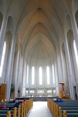 Hallgrímskirkja Luthern church, Reykjavík (jhberger505) Tags: iceland simple soaring bright simplicity
